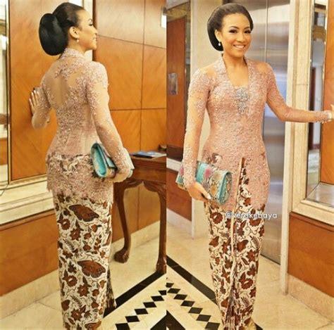 Baju Kebaya Modern Warna Pastel kebaya warna pastel v inspirasi kebaya vani kebaya pastels and kebaya lace