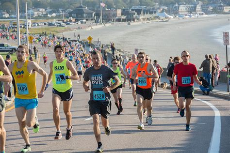 How From To Marathon by 10 Great Fall Half Marathons For 2014 Competitor