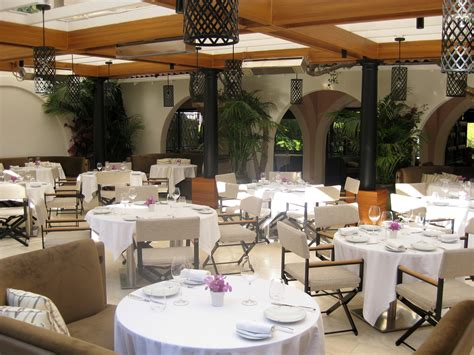 Patio Restaurant Restaurant Patio Gayot S