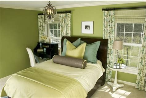 green bedroom decor 20 bedroom color scheme ideas