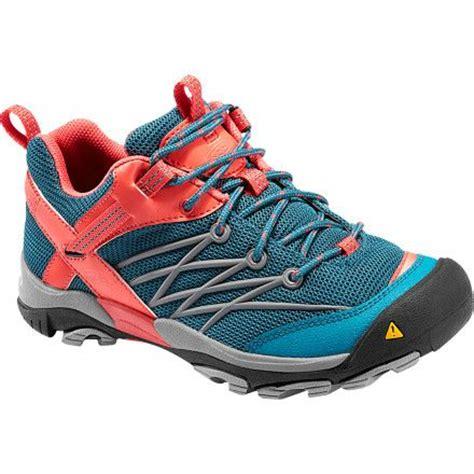 31 b 228 sta bilderna om hiking shoes p 229 skor marshalls och adidas