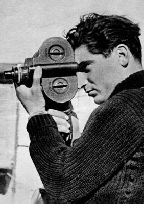 Robert Capa: La vérité en face | Robert capa, Photo noir