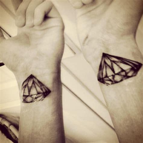 diamond tattoo on wrist 43 amazing diamond tattoos designs