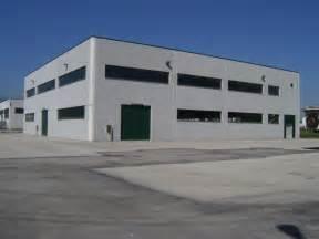 capannoni commerciali vendita capannone industriale a cli te zona