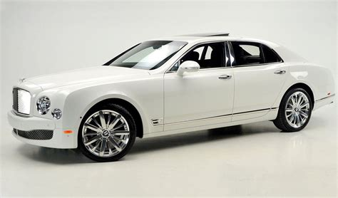 white bentley mulsanne white on black bentley mulsanne mulliner for sale