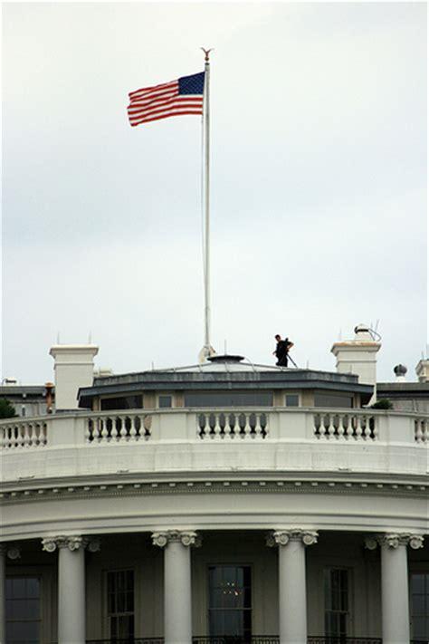 Dc Mythbusting White House Flag We Love Dc