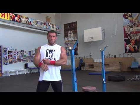 dmitry klokov bench press dmitry klokov alternating front to back snatch grip