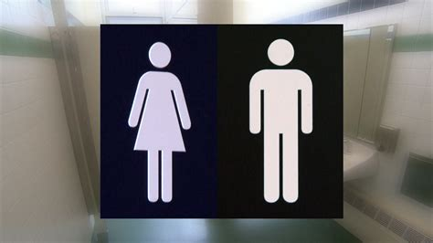 pizza restaurant switches to unisex bathrooms for single