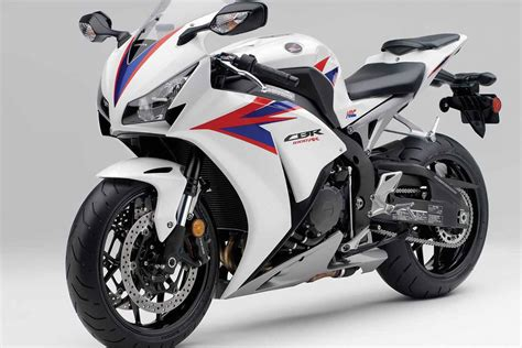 Honda Cbr1000rr Wallpapers Wallpaper Cave