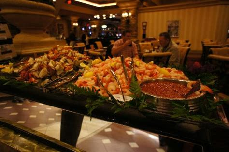 casino with lobster buffet thunder valley casino vip limo package land yacht limos