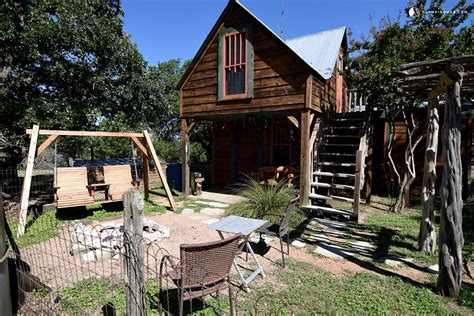 Cabins In Fredericksburg Tx by Cabin Rental Near Fredericksburg