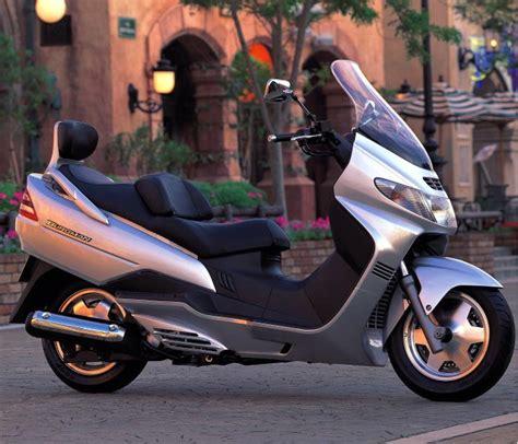 Suzuki Burgman 250 Review Suzuki An 250 Burgman Photos And Comments Www Picautos