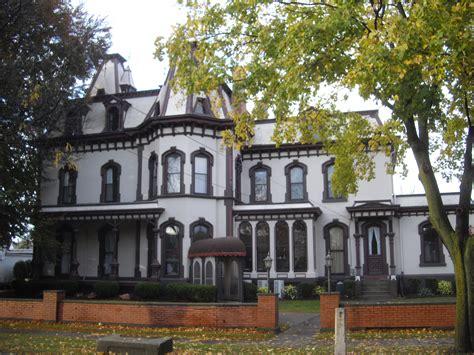 File Green Lantern Inn Fairport Ny Jpg Wikimedia Commons