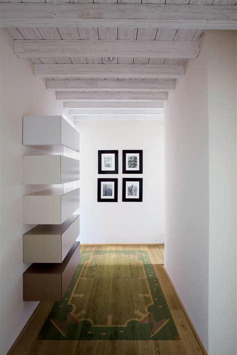 tappeti volanti tappeti volanti 2 pavimenti in legno xilo1934 architonic