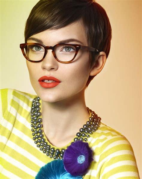 frisuren damen kurz frisuren kurze haare brille