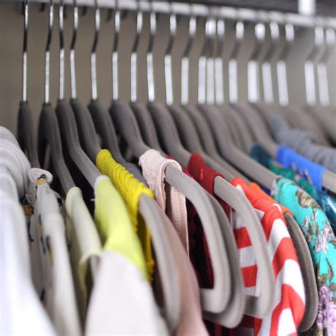 how to clean out your closet popsugar fashion how to clean out your closet popsugar fashion