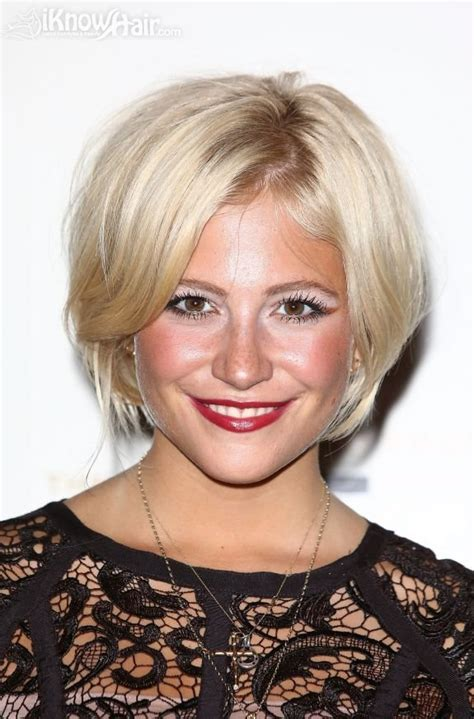layered chin length bob for fine hair chin length hairstyles for short hair layered fine