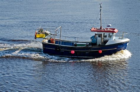 small boat jobs uk fishing boat free stock photo public domain pictures