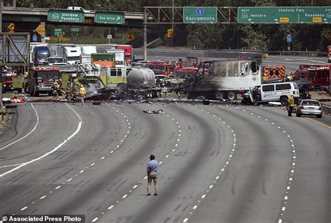 truck jam los angeles fiery deadly wreck snarls interstate 5 in los angeles