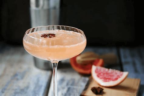 martini grapefruit recipe sparkling grapefruit martini