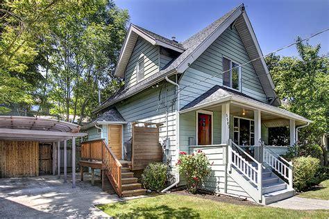 Houses For Sale In Lake Wa by 5503 Latona Ave Ne Seattle Wa 98105