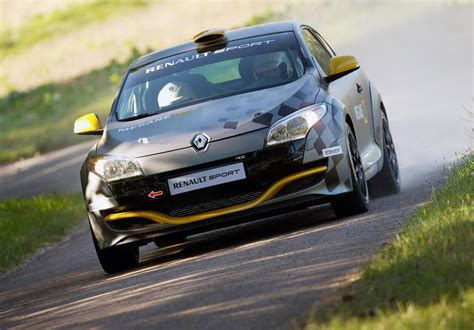 Majorette Racing Cars Renault Megane Coupe N4 2011 renault m 233 gane rs n4 pictures news research pricing conceptcarz