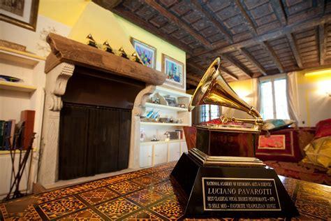 pavarotti casa casa museo luciano pavarotti visite guidate discover
