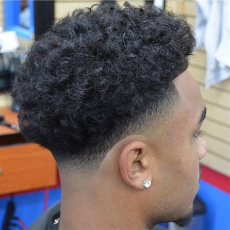 tapered sides with curls black men taper fade recortes l 237 neas pinterest taper fade