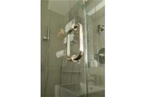 Best Way To Clean Shower Glass Doors Best Way To Clean Soap Scum Shower Doors Soaps Soap Scum And Shower Doors