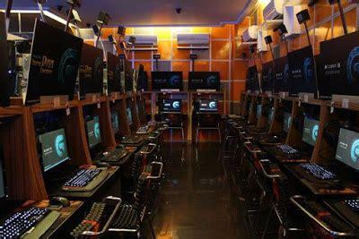 desain meja game center 20 desain warnet dan game center minimalis mewah dan terbaik