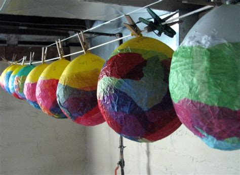 How To Make Paper Balloon Lanterns - kleas lantern walk