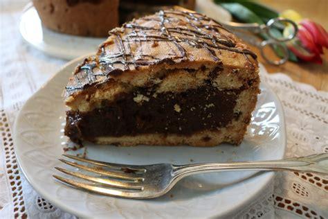 cookie kuchen cookie kuchen kekskuchen mit fl 252 ssigem schokoladen mousse