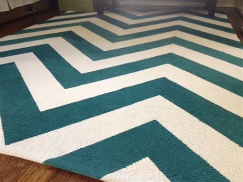 Chevron Pattern Area Rugs Best 20 Chevron Rugs Ideas On Grey Chevron Rugs Living Room Area Rugs And Neutral Rug