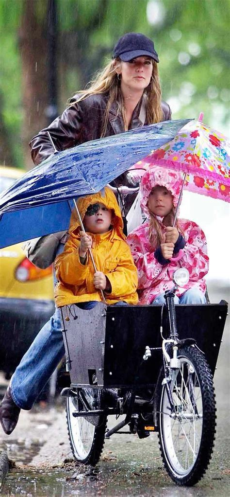 best cycling rain 70 best images about dutch bicycles on pinterest the