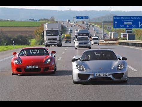 Porsche 918 Vs Carrera Gt by Porsche 918 Spyder Vs Carrera Gt Comparison Youtube
