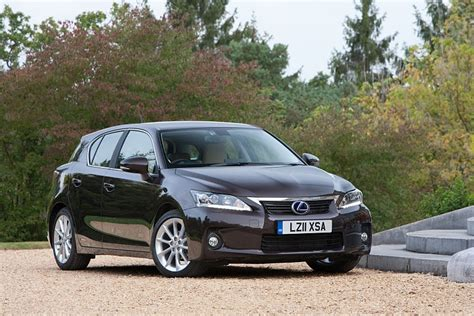 lexus hatchback 2011 the 2011 lexus ct 200h hybrid hatchback to be launched for