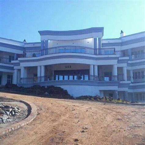 #Zimbabwe Minister Builds MultiMillion Dollar 50 Bedroom