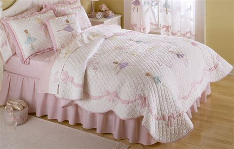 ballerina bedding princess ballet bedding pink quilt in twin or full sizes
