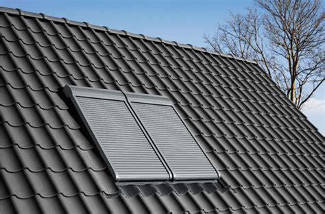 Velux Rollladen Einbau by Velux Integra Rolll 228 Den Wohndachfenster Dachgauben