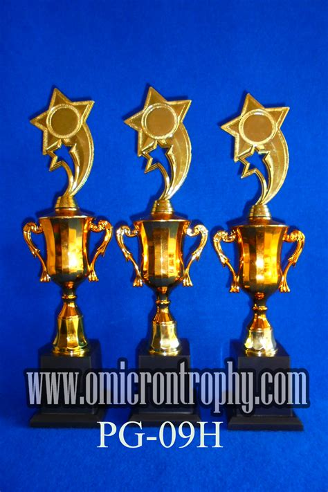 Plastik Semarang agen trophy plastik semarang surabaya omicron trophy