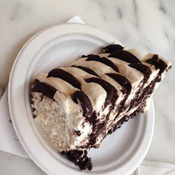 magnolia icebox cake magnolia bakery chicago 445 photos bakeries the loop chicago il united states
