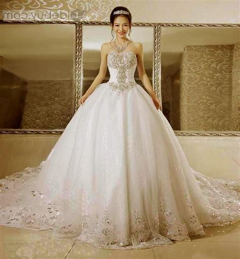 Gorgeous Wedding Dresses by Gorgeous Wedding Dresses Wallpaper