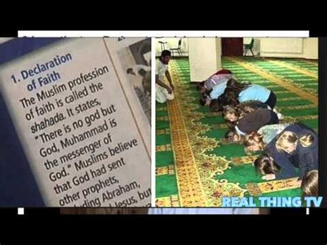 Why Do Muslims Pray On A Mat by School Forces Students To Pray Islamic Prayers And Make