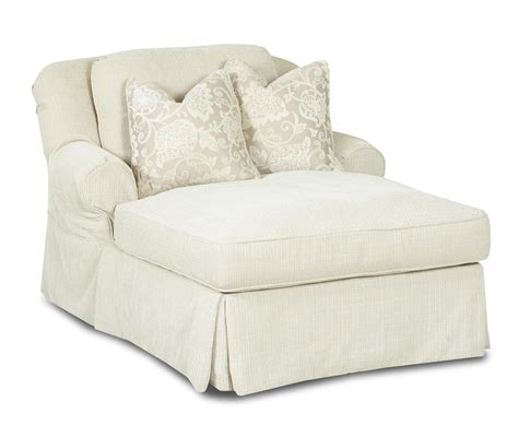 but chaise 717 chaise lounge with 2 accent pillows by klaussner wolf
