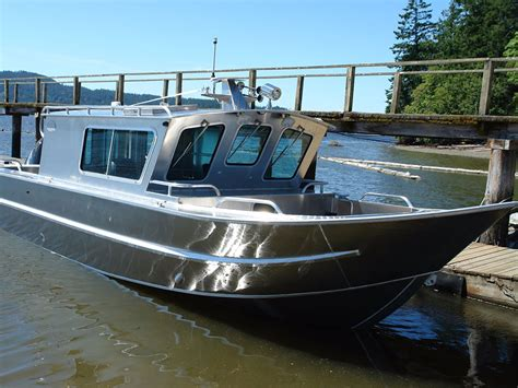 small boat with cabin 27 nitinat aluminum cabin boat by silver streak boats