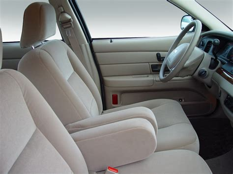 2004 crown seat covers 2006 ford crown intellichoice review