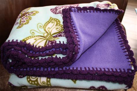 fleece blanket crochet edge fleece blankets craftymommytogo
