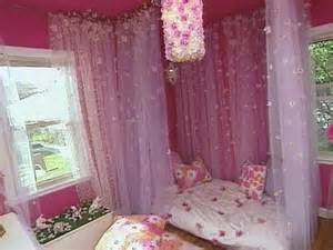 little girls canopy beds diy canopy bed diy little s floral bedroom cotcozy