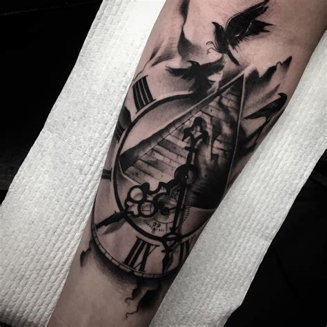 pyramid clock tattoo clock pyramid and birds venice designs