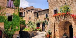 Medieval Wall Murals tuscany holidays travel department
